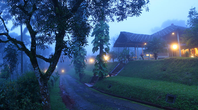 banner accommodation in thekkady.jpg